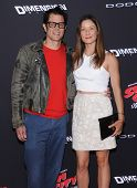 LOS ANGELES - AUG 20:  Johnny Knoxville & Naomi Nelson arrives to the