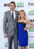 LOS ANGELES - MAR 01:  Dax Shepard & Kristen Bell arrives to the Film Independent Spirit Awards 2014