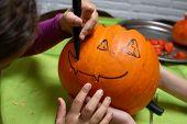 draw face halloween