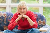 picture of sofa  - Blonde middle - JPG