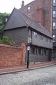 picture of paul revere  - The Paul Revere house built in the late 1600s in Boston MA is an unusual example of Georgian architecture - JPG