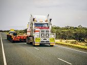 foto of oversize load  - An image of an oversize road truck in Australia - JPG