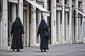 Roma, suore | Rome, nuns