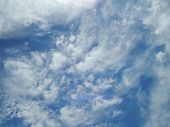 image of ou  - blue summer sky with white cumulus clouds - JPG
