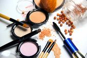 All Types Of Make-up And Brushes