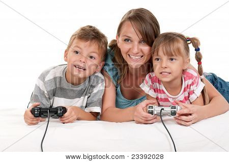 poster of Happy family playing a video game