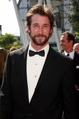 LOS ANGELES - SEP 10:  Noah Wyle arriving at the Creative Arts Emmys 2011 at Nokia Theater  on Septe