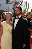 LOS ANGELES - SEP 10:  Sara Wells, Noah Wyle arriving at the Creative Arts Emmys 2011 at Nokia Theat