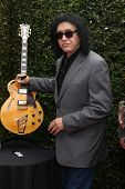 LOS ANGELES - APR 13:  Gene Simmons at the John Varvatos 11th Annual Stuart House Benefit at  John V