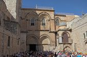 JERUSALEM, ISRAEL - OCTOBER 23, 2010: The large crowd of tourists and pilgrims trying to enter the Temple of the Holy Sepulchre