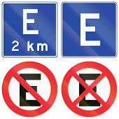foto of restriction  - Collection of Chilean parking and parking or stopping restriction signs - JPG