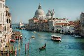 Постер, плакат: Гранд канал и базилики Санта Мария делла Салюте Венеция Италия