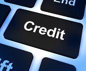 Chave que representa o financiamento ou empréstimo para a compra de crédito