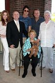 LOS ANGELES - AUG 18:  Tracey Bregman, Michael Maloney, Ronn Moss, Doug Davidson, Susan Flannery, Lee Bell (seated) at a book signing at Barnes & Noble on August 18, 2012 in Ventura, CA