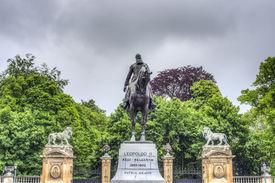 foto of leopold  - Statue in Brussels of Leopold II  - JPG