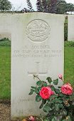 Headstone unknown British WW1 soldier Gloucestershire Regiment