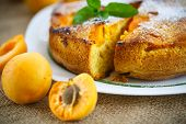 foto of sponge-cake  - Sponge cake with apricot and powdered sugar - JPG