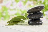 Pedras com toalha