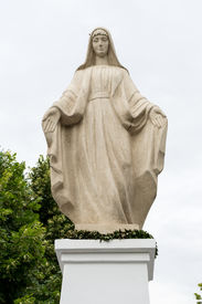 picture of mezcal  - beautiful monument of Virgin Mary - JPG