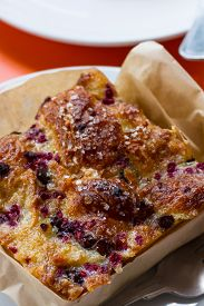 foto of home-made bread  - close up of a home made bread pudding with fresh berries i it - JPG