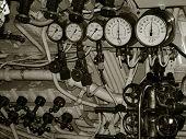 Submarine control dials
