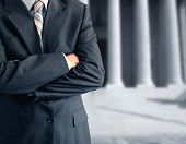 picture of lawyer  - Divorce lawyer in front of the courthouse - JPG