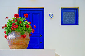 picture of greek-island  - A pretty cottage on the Greek island of Crete with house number 501 - JPG