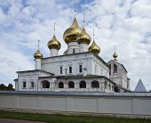 pic of uglich  - Monastery of the Resurrection of Christ at Uglich - JPG