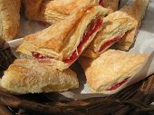 puff pastry turnovers raspberry