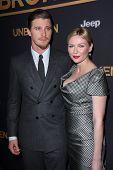 LOS ANGELES - DEC 15:  Garrett Hedlund, Kirsten Dunst at the