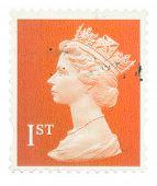 Reino Unido - por volta de 1993 a 2005: um inglês usado First Class selo mostrando o retrato de Q