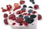 Berry Yogurt With Berries