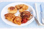 pic of southern fried chicken  - A Southern Cooking Favorite  - JPG