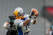 INNSBRUCK,  AUSTRIA - MARCH 23 WR Armando Ponce De Leon (#15 Giants) catches the ball during the AFL