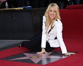 LOS ANGELES - NOV 08:  Shakira arrives to the Walk of Fame Ceremony for Shakira  on November 08, 2011 in Hollywood, CA