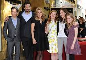 LOS ANGELES - JAN 29:  Chris Parnell, Jeremy Sisto, Cheryl Hines, Jane Levy, Carly Chaikin & Allie G