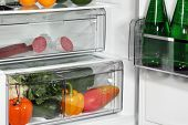 foto of refrigerator  - The inside of refrigerators - JPG