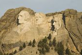 Mount Rushmore National Monument 4