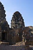 Wat Phra Prang Sam Yot