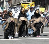 Death symbolism in anti-war march in Manhattan, 4/29/06