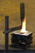 Burning Vise And Hard Disks