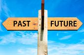 Past versus Future messages