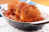 Gooey Macaroni And Cheese Balls With Marinara Sauce