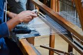 image of loom  - A weaver in Peguche - JPG