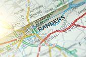 Randers. Kongeriget Danmark. Road On The Map. poster