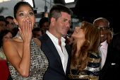 LOS ANGELES - SEP 14:  Nicole Scherzinger, Simon Cowell, Paula Abdul arriving at the X-Factor Premie