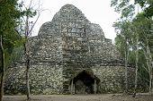 Xaibe zerstörten Pyramide