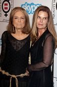 LOS ANGELES - NOV 4:  Gloria Steinem, Maria Shriver at the Equality Now Presents Make Equality Reali