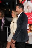 LOS ANGELES - NOV 5:  Leann Rimes, Eddie Cibrian at the