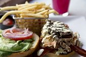Fried Soft Shell Crab Sandwich Is Colorful And Delicious